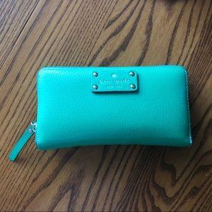 EUC Kate Spade Continental Spencer Wallet